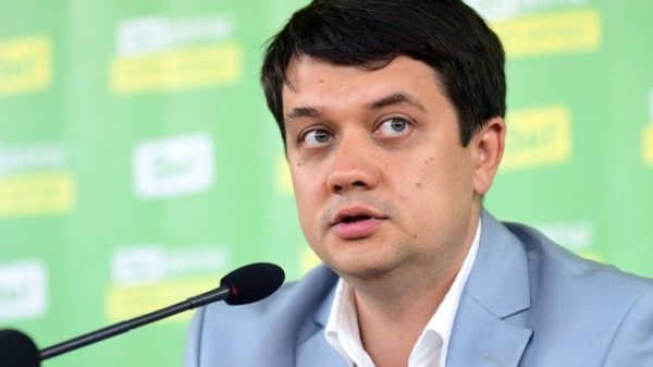 Молодым везде у нас дорога: Политтехнолог Зеленского возглавил Верховную раду Украины
