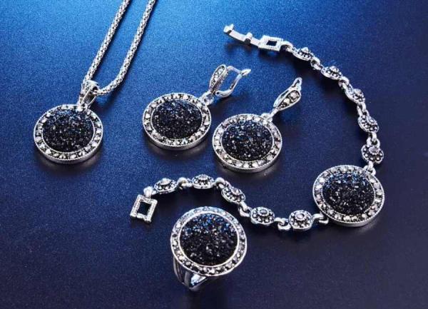 В Ташкенте будет производиться до 2 тонн серебряных изделий