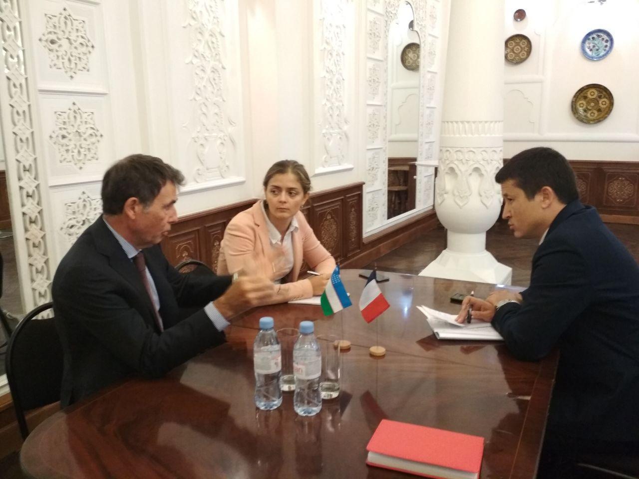 Французы помогут проанализировать туристический рынок Узбекистана