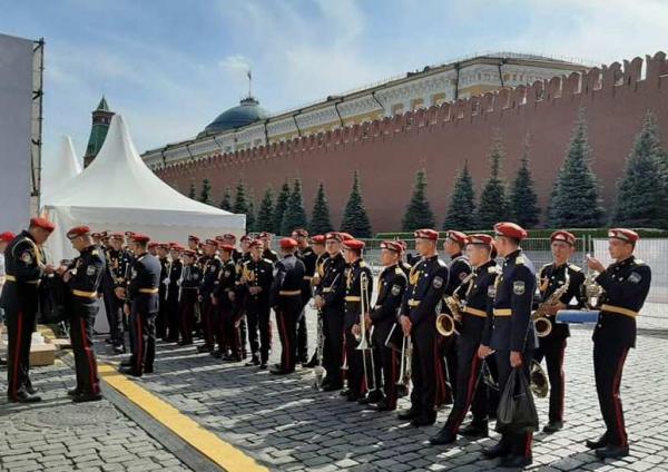 "Юные музыканты из Узбекистана произвели фурор на фестивале ""Спасская башня"""
