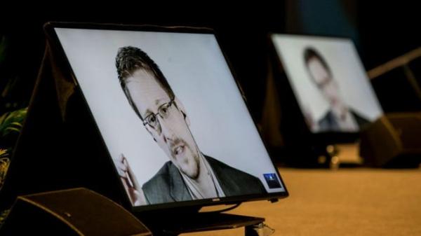 Женился, ездит на метро. Интервью Эдварда Сноудена - основные моменты