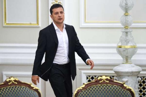 """Lemonde (Франция): """"Молодую Украину подрывают старые демоны, и у этих демонов есть имя – олигархи"""""""