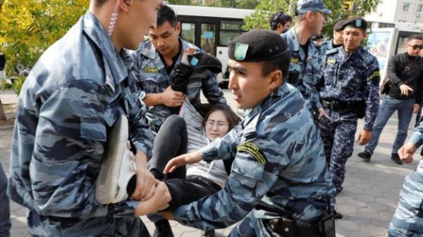В Казахстане протестовали против экспансии Китая. Десятки человек задержаны