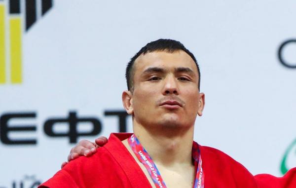27-летний боец ММА Бекзод Нурматов умер от инсульта после поединка (видео)