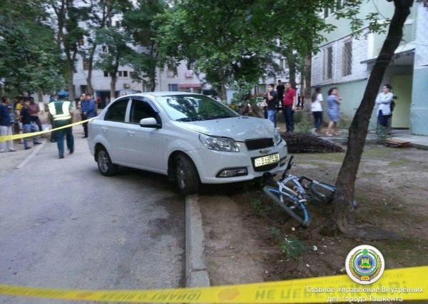 Контроль МВД, уволенные следователи и версия об убийстве – журналистам раскрыли все подробности дела о наезде на подростков в Юнусабаде