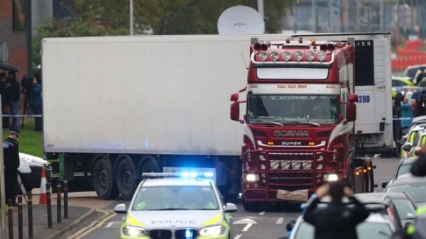 Англия: водителя фуры, в которой нашли 39 тел, обвинили в убийстве