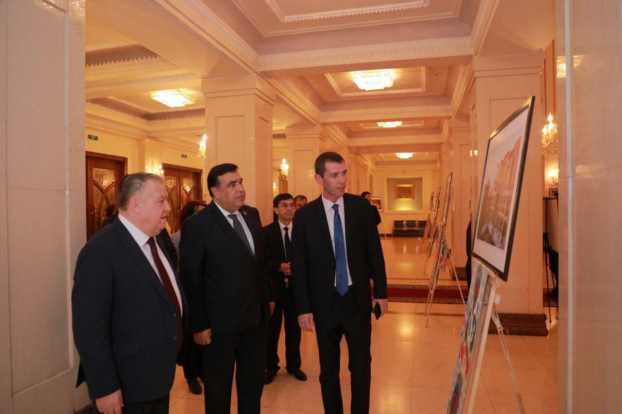 Узбекистан и Таджикистан возрождают отношения в культурной сфере (фото)