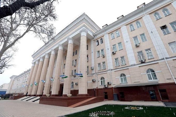 Агентство информации и массовых коммуникаций отреагировало на выходку хокима Ташкента Джахонгира Артыкходжаева