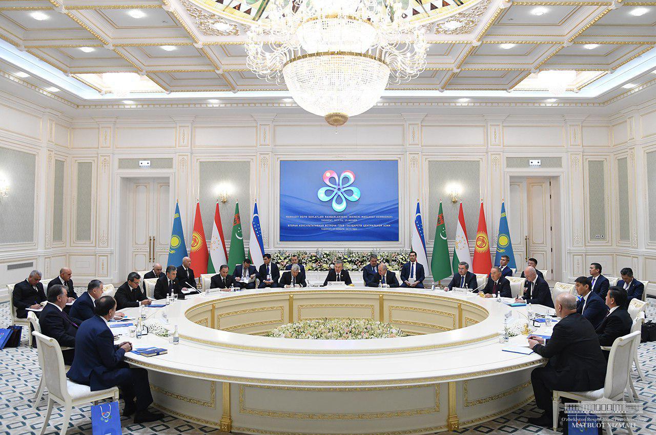 """Шавкат Мирзиёев: """"Расширение сотрудничества в регионе – это востребованный и необратимый процесс"""""""