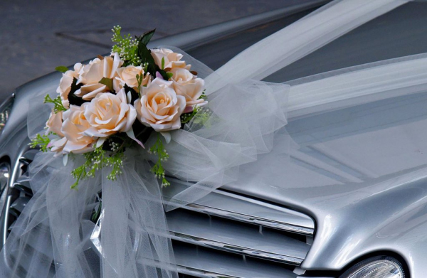 Хокимият напомнил узбекистанцам, сколько им можно тратить на свадьбы и похороны (видео)