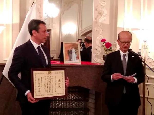 Почетной грамотой Министра иностранных дел Японии награждён директор  Международного Караван-сарая культуры Икуо Хираяма Фаррух Усманов