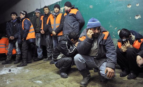 Современное рабство: Узбекистан открывается миру, но миллионы людей уезжают и попадают в рабство (Deník N, Чехия)