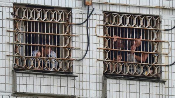«Хуже, чем в СИЗО»: правозащитники посетили центр содержания мигрантов