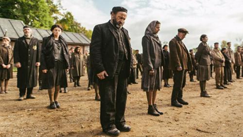 Польша добилась от Netflix исторической справедливости. Они спорили о концлагерях