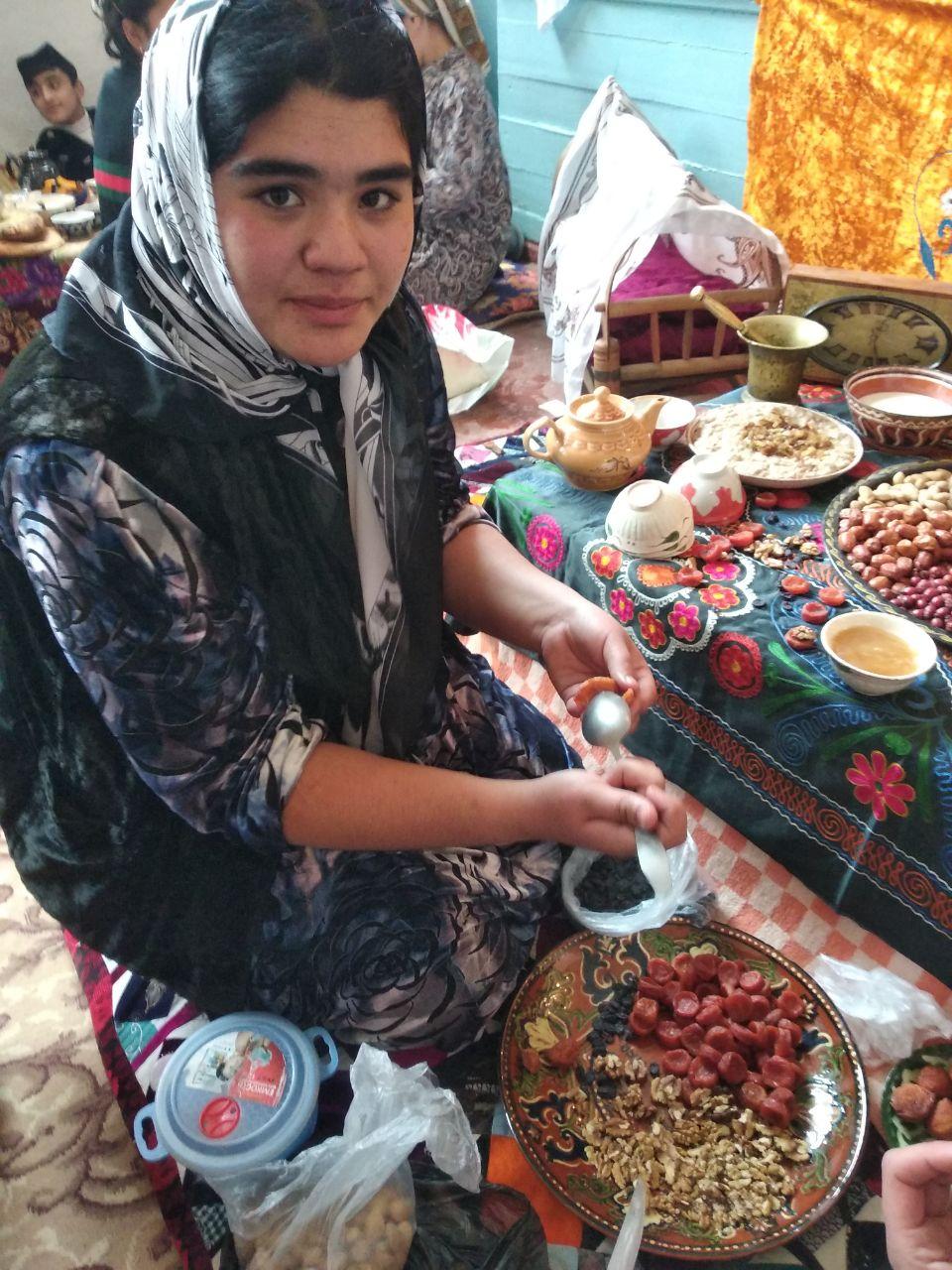 В поселке Бричмулла прошли кулинарные состязания по приготовлению хаштака
