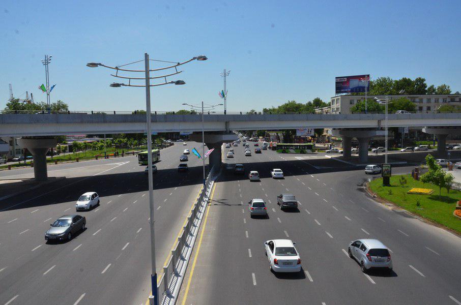 В Узбекистане с автовладельцев будут взимать два новых вида сборов