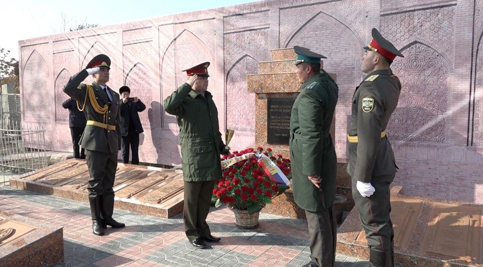 В Ташкенте прошли торжественные церемонии изъятия земли в рамках военно-патриотической акции «Дорога памяти»