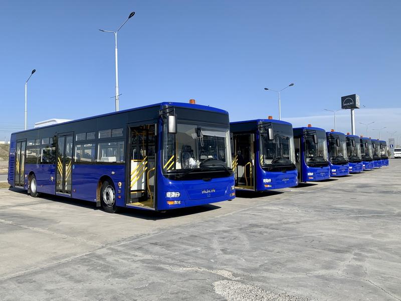 Ташкентский международный аэропорт получил новые автобусы MAN