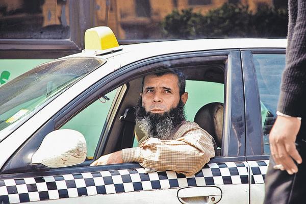 """Испытано на себе: Как таксисты вербуют пассажиров в """"джихадисты"""""""