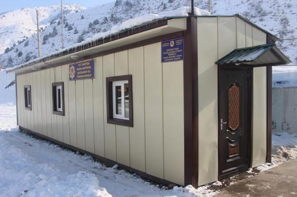 В районе перевала Камчик открыты 14 постов, где водители могут получить помощь (адреса и телефоны)