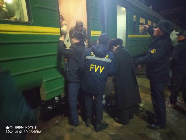 Более 3 000 человек эвакуированы с перевала Камчик (фото, видео)