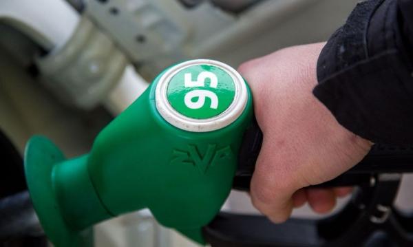С января в Узбекистане начнут продавать импортный бензин марки АИ-95, а также дизельное топливо европейского качества