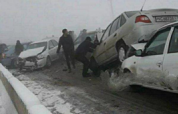 Стали известны подробности ДТП с участием 13 автомобилей в Самарканде