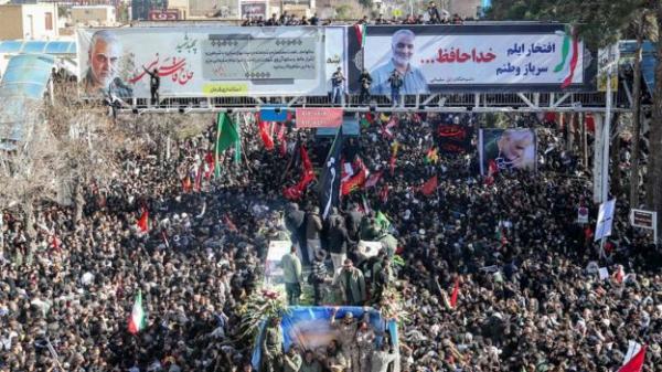Ирано-американский конфликт. В давке на похоронах генерала Сулеймани в Иране погибли более 50 человек