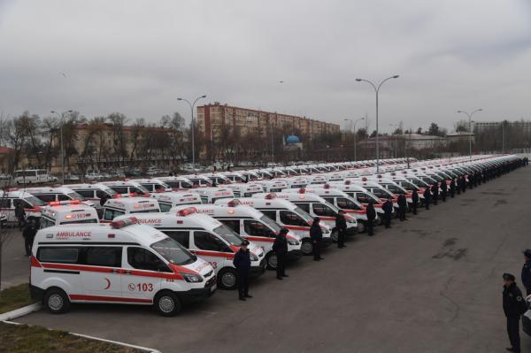 Ташкентской городской станции скорой медицинской помощи передано 150 новых реанимобилей марки Ford