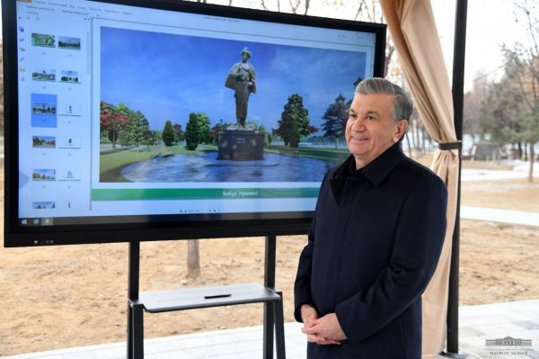 Президент Шавкат Мирзиёев Тошкент шаҳрида олиб борилаётган бир неча лойихалар билан танишди