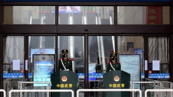 Смертельный коронавирус: Китай переходит на осадное положение, Новый год отменяется