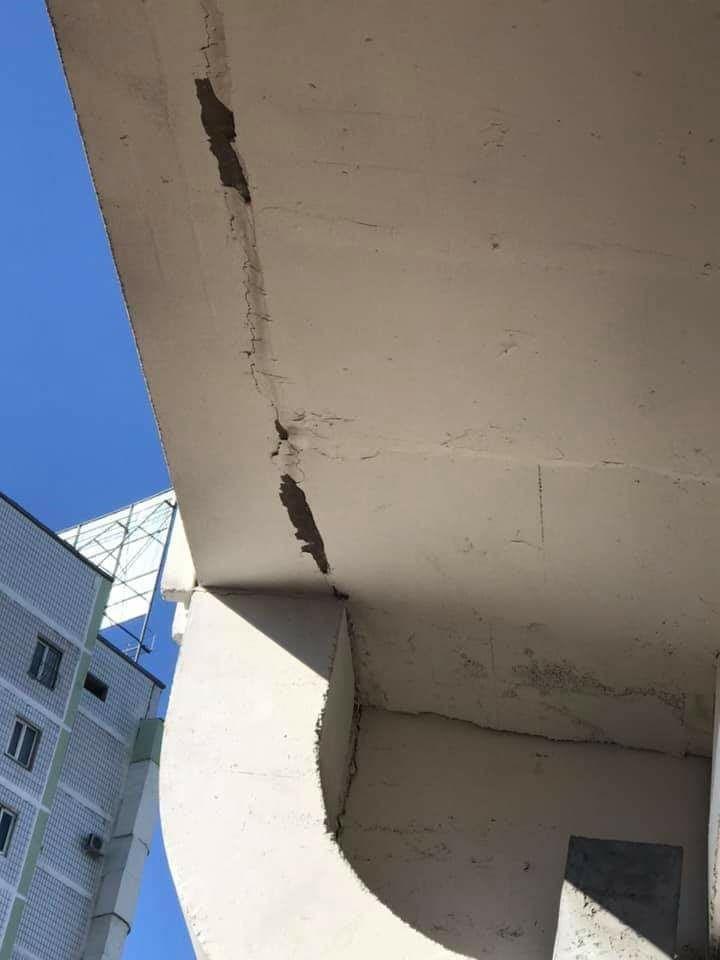 «Узбекистон темир йуллари»  привлекло экспертов для комментирования снимков треснувших конструкций Сергелийской ветки ташкентского метрополитена