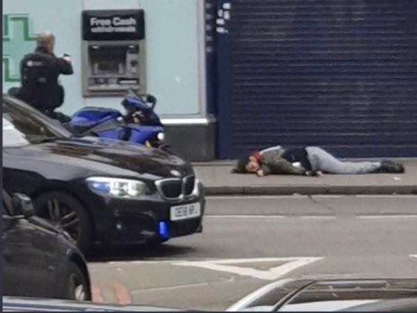 На юге Лондона произошел теракт. Нападавший убит