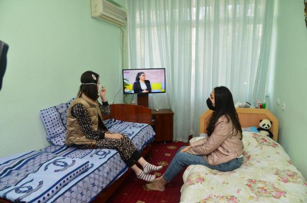 После того, как родители эвакуированных студентов рассказали, что их детей поселили в антисанитарных условиях, Минздрав опубликовал кадры из санатория «Бустон» (фотолента)