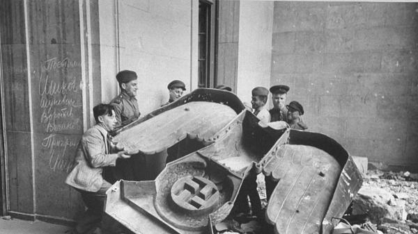 В Германии впервые в истории отказались чествовать день окончания Второй мировой войны