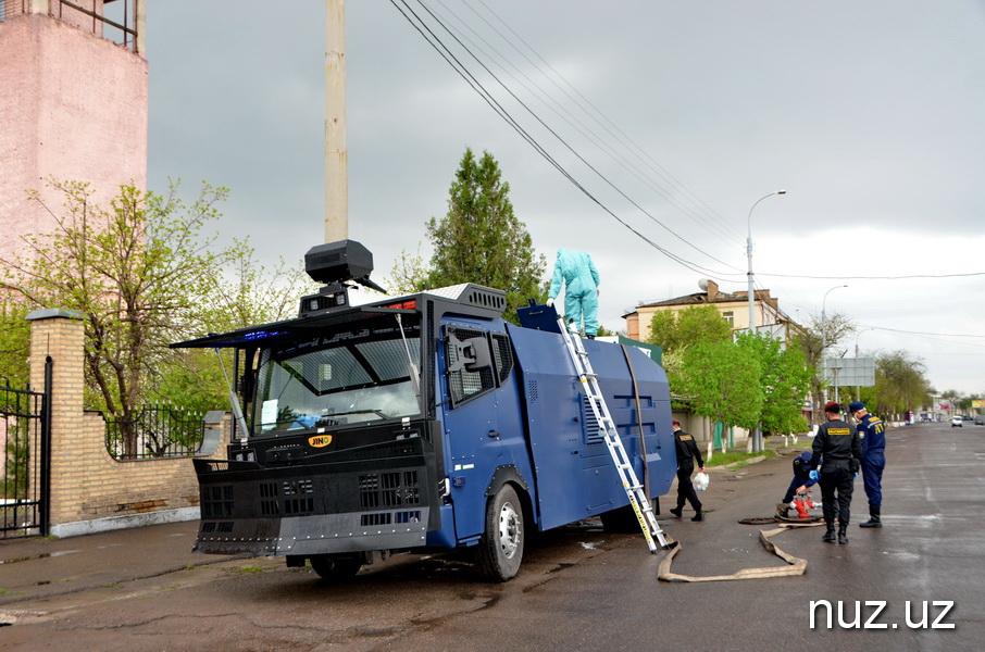 Карантин в Ташкенте: как дезинфицируются улицы столицы (фото, видео)