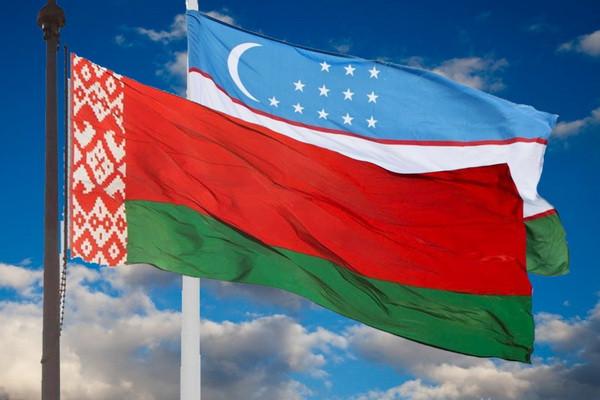 Президент Узбекистана направил дружественную помощь народу Беларуси