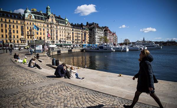 Dagens Nyheter (Швеция): шведская стратегия в перспективе спасет больше жизней, чем всеобщая изоляция