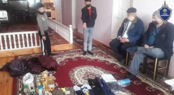 Молодые парни и подросток во время карантина ограбили два магазина