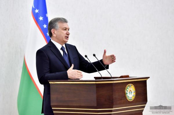 Шавкат Мирзиёев поздравил узбекистанцев с праздником Рамадан