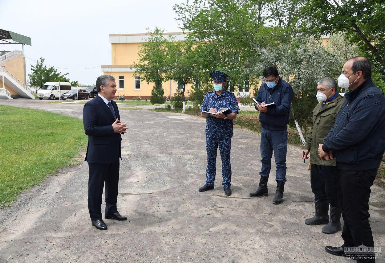 Шавкат Мирзиёев прибыл в Сырдарьинскую область для ознакомления с последствиями прорыва дамбы Сардобинского водохранилища