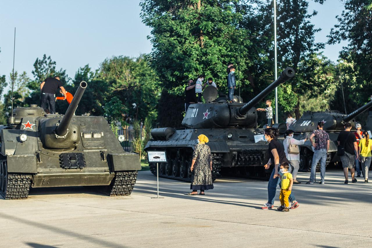 Фотоотчет: парк Победы в Ташкенте