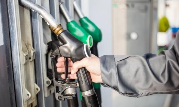 В Узбекистане зафиксировано снижение мартовского производства моторного топлива
