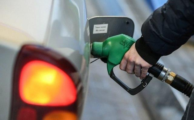 В Узбекистане снизилась цена на бензин АИ-80 и дизельное топливо