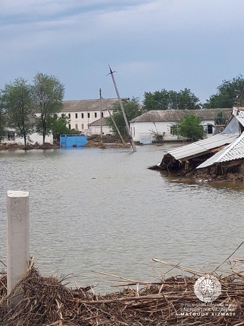 В Сырдарьинской области восстанавливают энергоснабжение