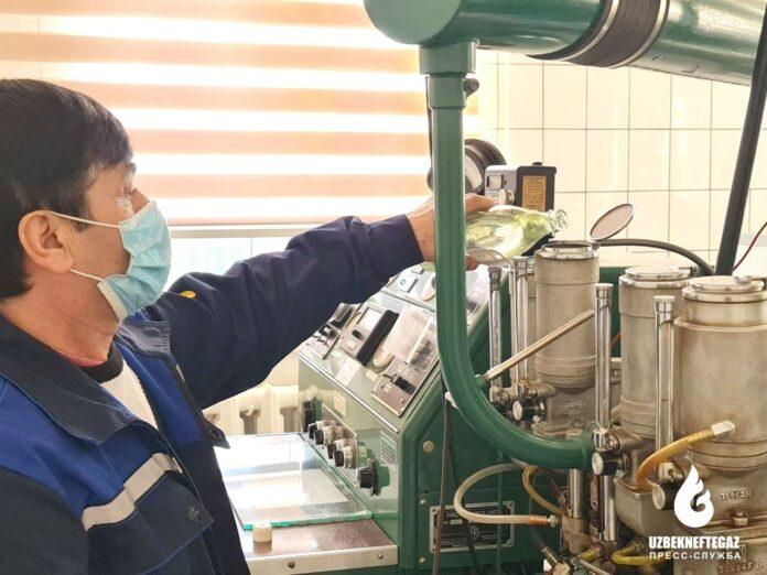 На Бухарском НПЗ начали производить бензин АИ-95 под брендом QuWatt